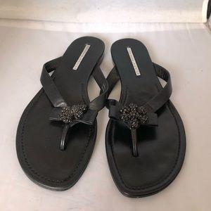 Vera Wang Lavender leather bling flip flops 7.5